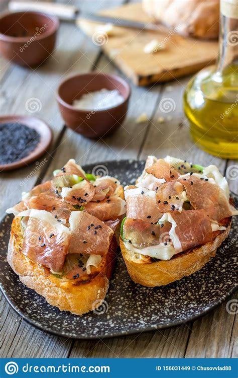 bruschetta  prosciutto italian cuisine national