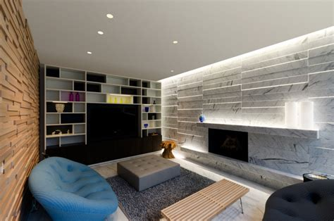 stratus warm white linear wall grazer by lighting