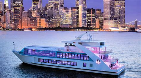 Dinner On A Boat Nyc by Hornblower Hybrid Charter Yacht New York