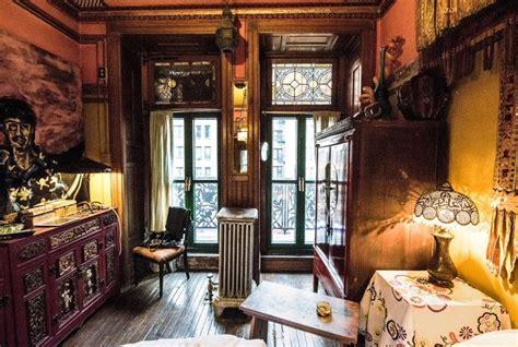 suzanne lipschutz chelsea hotel apartment   york