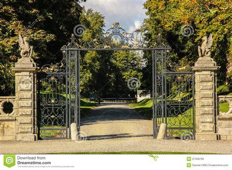 kilruddery house gardens entrance ireland stock photo