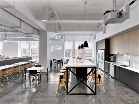 inside fullscreen s modern new york city office officelovin