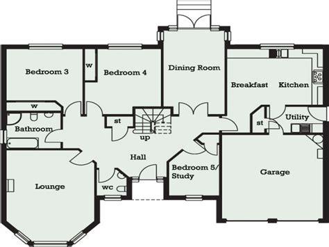 5 bedroom floor plans 2 5 bedroom bungalow in 5 bedroom bungalow floor plans
