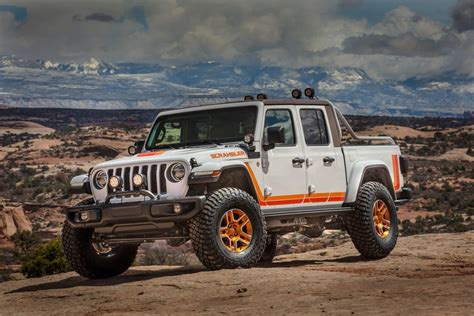 Jeep Picture by 2019 Jeep Gladiator Jt Scrambler Concept Pictures Photos