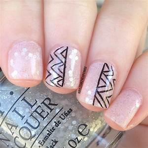 Simple and cute nail design for short nails pictures to