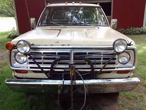 1974 Dodge W100 Pickup With Sno