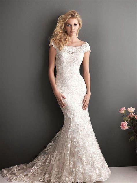flattering mermaid wedding dresses modwedding