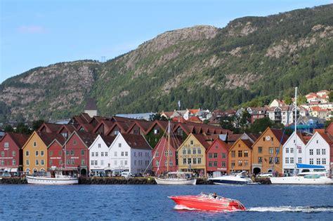 Hurtigruten Bergen Kirkenes Bergen Cruise Fjord Travel