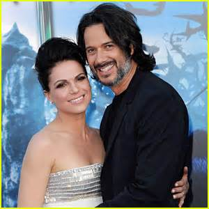 swirl wedding ring parrilla news photos and just jared
