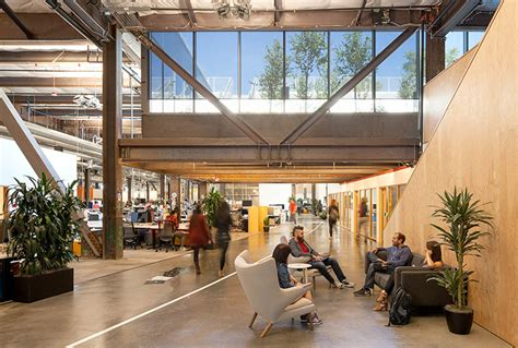Facebook's new building is one big room (MPK 20)