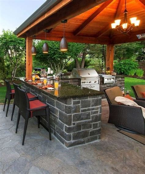 building  outdoor kitchen