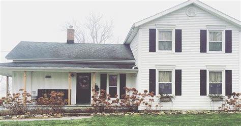 1800s farmhouse family restores 1800s farmhouse