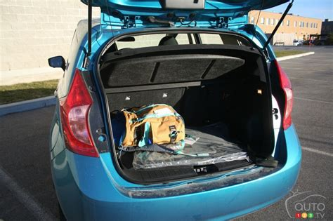 nissan versa note pictures photo    auto