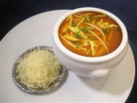 cuisiner le couscous bouillon de couscous la recette facile par toqués 2 cuisine
