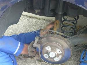 Citroen C4 Break : faq 131 how can i change the rear brake pads and discs on a citroen c4 c4 ds4 owners ~ Gottalentnigeria.com Avis de Voitures