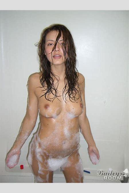 Free pic of baileys room nude