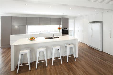 modern contemporary kitchen sleek modern kitchen completehome 4190