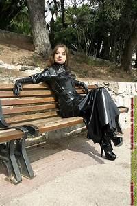 Verpackt In Latex : brigitte in public by rubber120 on deviantart latex pinterest sexy casual and love ~ Watch28wear.com Haus und Dekorationen