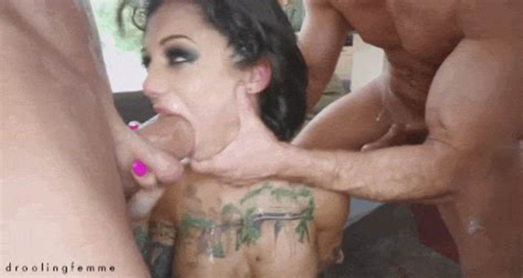 #Droolingfemme ##Messy ##Sloppy ##Smutty ##Slut ##Slutty ##Whore