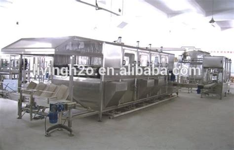full automatic  gallon mineral liquid water filling machine pricepurified water production