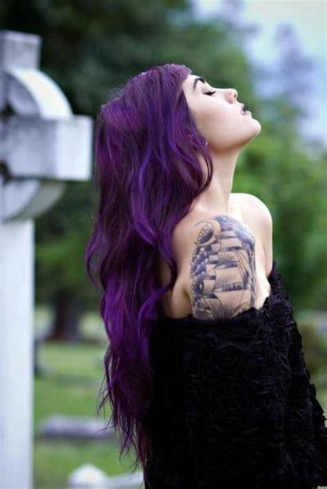 Tatouage Sur L épaule 1001 Id 233 Es Pour Sublimer Votre Look Avec La Couleur De Cheveux Violine