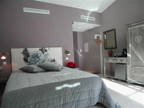 chambre en gris et blanc chambre grise