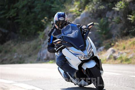 Pcx 2018 Vs Forza by The 2018 Honda Forza 125 300 Road Test Scooterlab