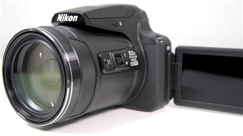 nikon coolpix p900 zoom nikon coolpix p900 w 2 000mm zoom on review Nikon Coolpix P900 Zoom