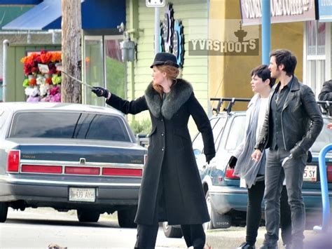 colin o donoghue meet and greet shoot once upon a time rehearsal hijinks with ginnifer