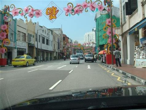 clean singapore streets photo