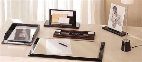 ensemble bureau et rangement sous mobilier déco agencement xavier