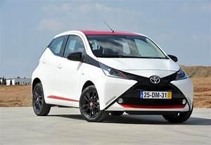 Essai Toyota Aygo : images toyota aygo moniteur automobile ~ Medecine-chirurgie-esthetiques.com Avis de Voitures