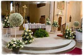 Wedding Decorations Church Wedding Decorations Flower Arrangements Hang Some Greenery At Your Wedding Reception Image 1 Image 2 Wedding Flower Decorations On Pinterest Country Wedding Decorations Flowers For Flower Lovers Wedding Flowers Decorating Ideas