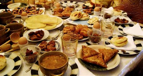 delhi cuisine top 10 places to gobble up best ramadan food in delhi streets journal