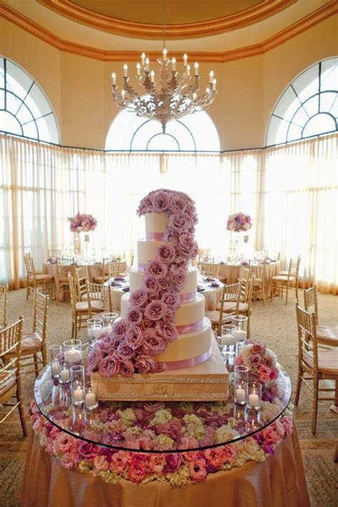 25 Amazing Wedding Cake Decoration Ideas For Your Special
