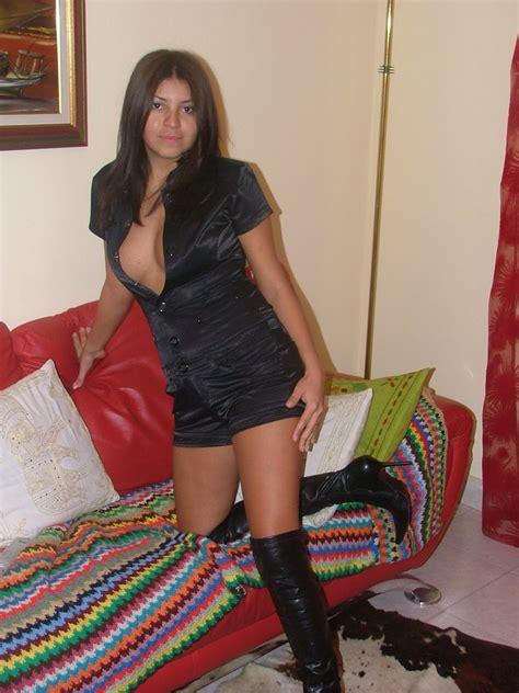 Sexy Amateur Latina Wife Having Some Fun Gutteruncensored