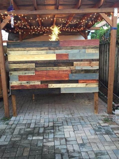 diy reclaimed pallet headboard  lights  pallets