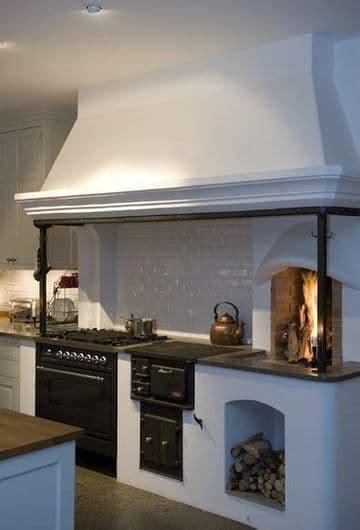 hermosas  elegantes cocinas rusticas  chimenea