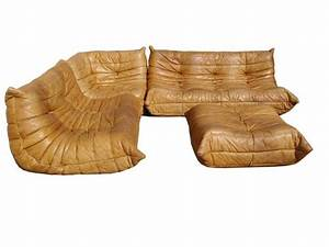 Michel ducaroy canape togo sofa set 3211 cuir fauve for Canape cuir cognac vintage