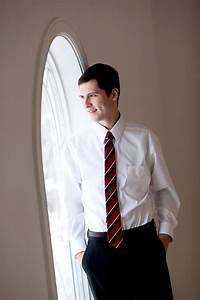 20 best Senior Guy Poses images on Pinterest | Senior ...