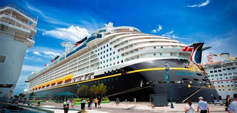 How Much Fuel Do Cruise Ships Use? - Cruise1st Blog
