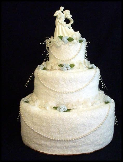 bridal towel cake crafts towel cakes diaper cakes