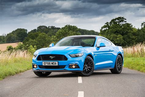 ford mustang review prices specs    time evo