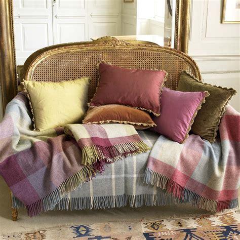 selecting  dressage cushions  sofa  chairs inspirationseekcom