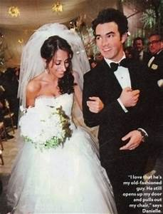 Kevin's & Danielle wedding. 19.12.09 - Kevin Jonas Photo ...