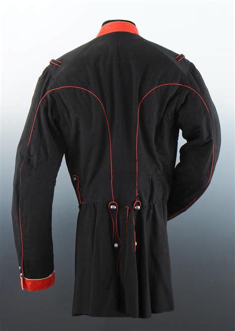 tunique jupe  kepi de la garde nationale  cheval de