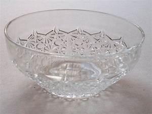 Vaisselle En Verre : saladier en verre press d cor pointes de diamant ann es 60 vaisselle fran aise vintage ~ Teatrodelosmanantiales.com Idées de Décoration