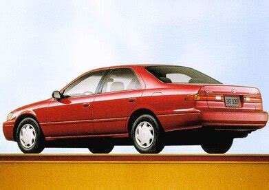 toyota camry pricing reviews ratings kelley blue