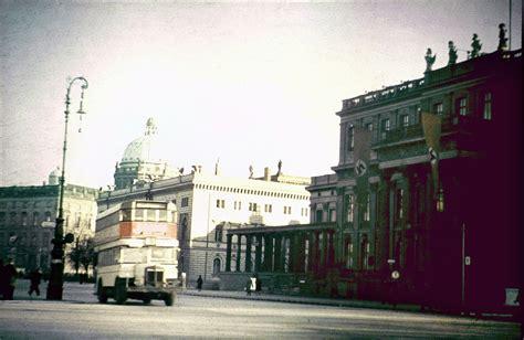 rare  amazing color photographs  capture street