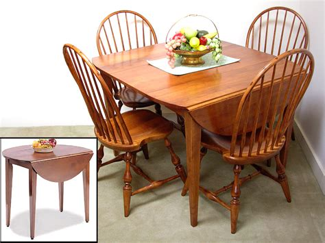 Kitchen Tables : Drop Leaf Kitchen Tables For Small Spaces